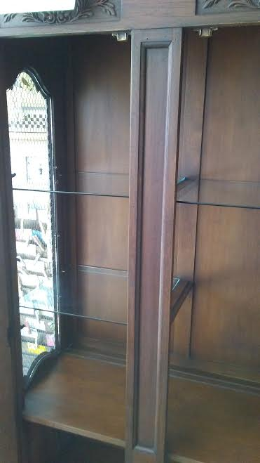 Mid Century China Cabinet In French Country Style By Drexel. This Vintage French  Provincial Display Cabinet Has Three(3) Glass Front Doors With Arched ...