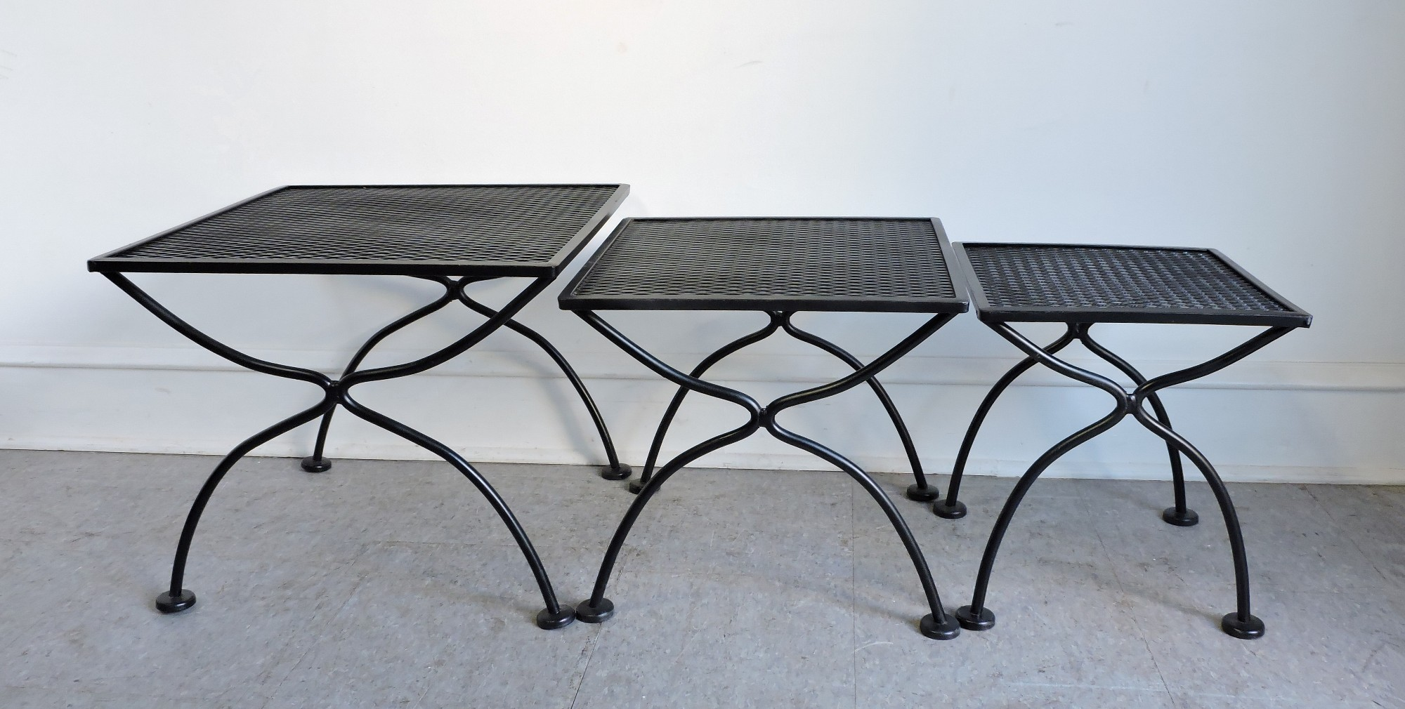 Beautiful Set Of 3 Salterini Wrought Iron Nesting Tables For The Patio.  Sturdy And Well Made, These Have A Fresh Coat Of Black Paint.