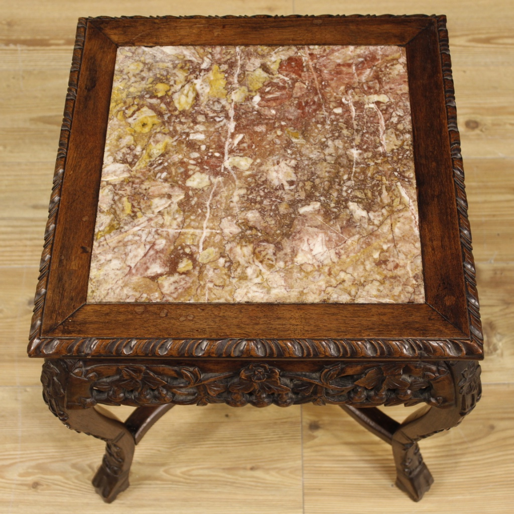 Chinese side table of the 20th century. Oriental furniture in carved wood  with floral decorations. Side table decorated with marble top of good size  and ... - Chinese Side Table In Wood With Marble Top For Sale Antiques.com