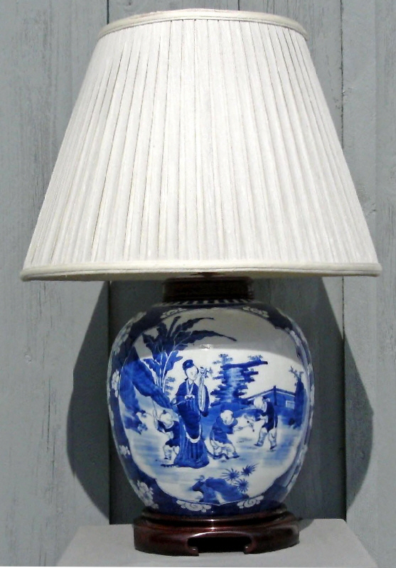 7687 canton blue and white ginger jar lamp with chinoiserie. Black Bedroom Furniture Sets. Home Design Ideas