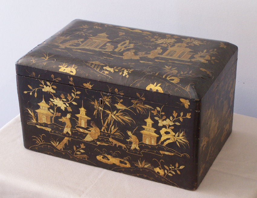 8134 Large China Trade 19th C Black Lacquered Tea Chest