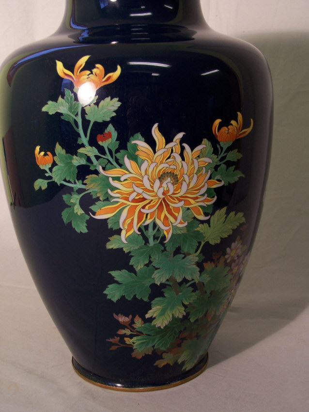8358 japanese cloisonne enamel vase with chrysanthemums