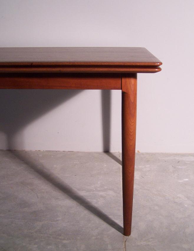 8031 Moreddi Danish Modern Teak Dining Table With Leaves C1960 For Sale Ant