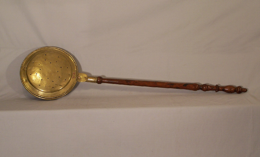 8007 Early American Br Bed Warmer C 1780 Antiques