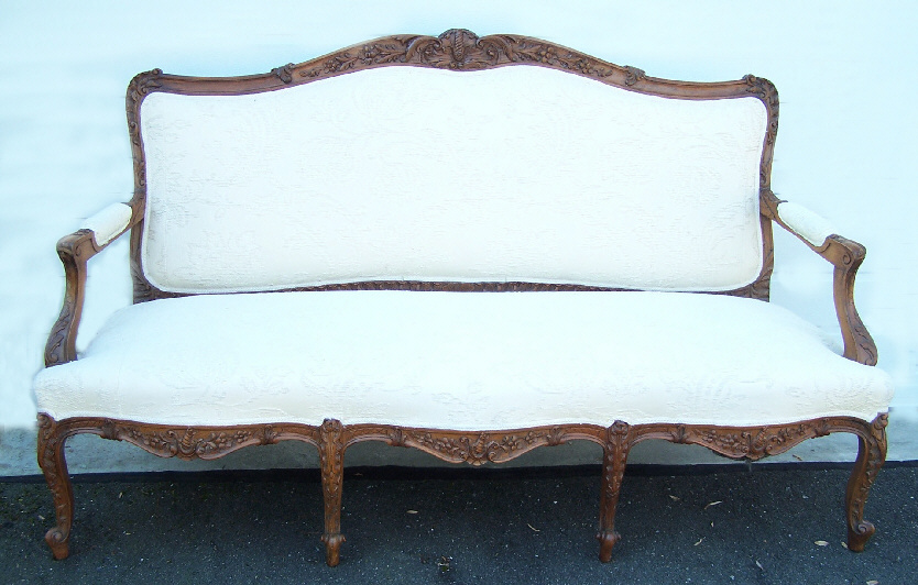 8108 french provincial walnut canape c1880 for sale for Canape insurance