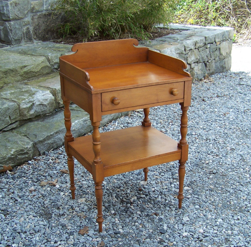 8440 Conant Ball Colonial Sheraton Reproduction Stand For Sale Classifieds