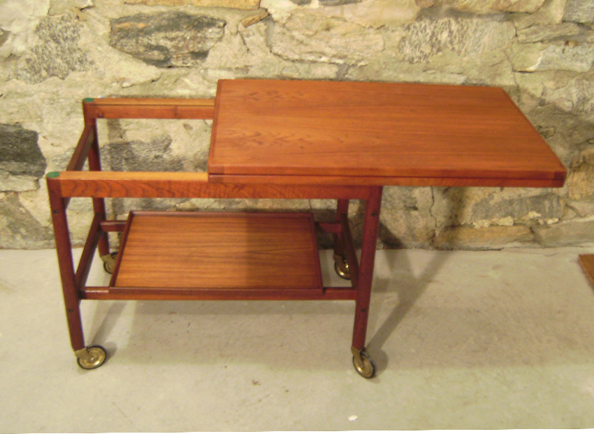 7667 danish mid century modern coffee table tea cart for Modern coffee table for sale