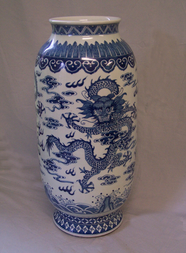 8406 Large Chinese Export Porcelain Dragon Vase C1880 For