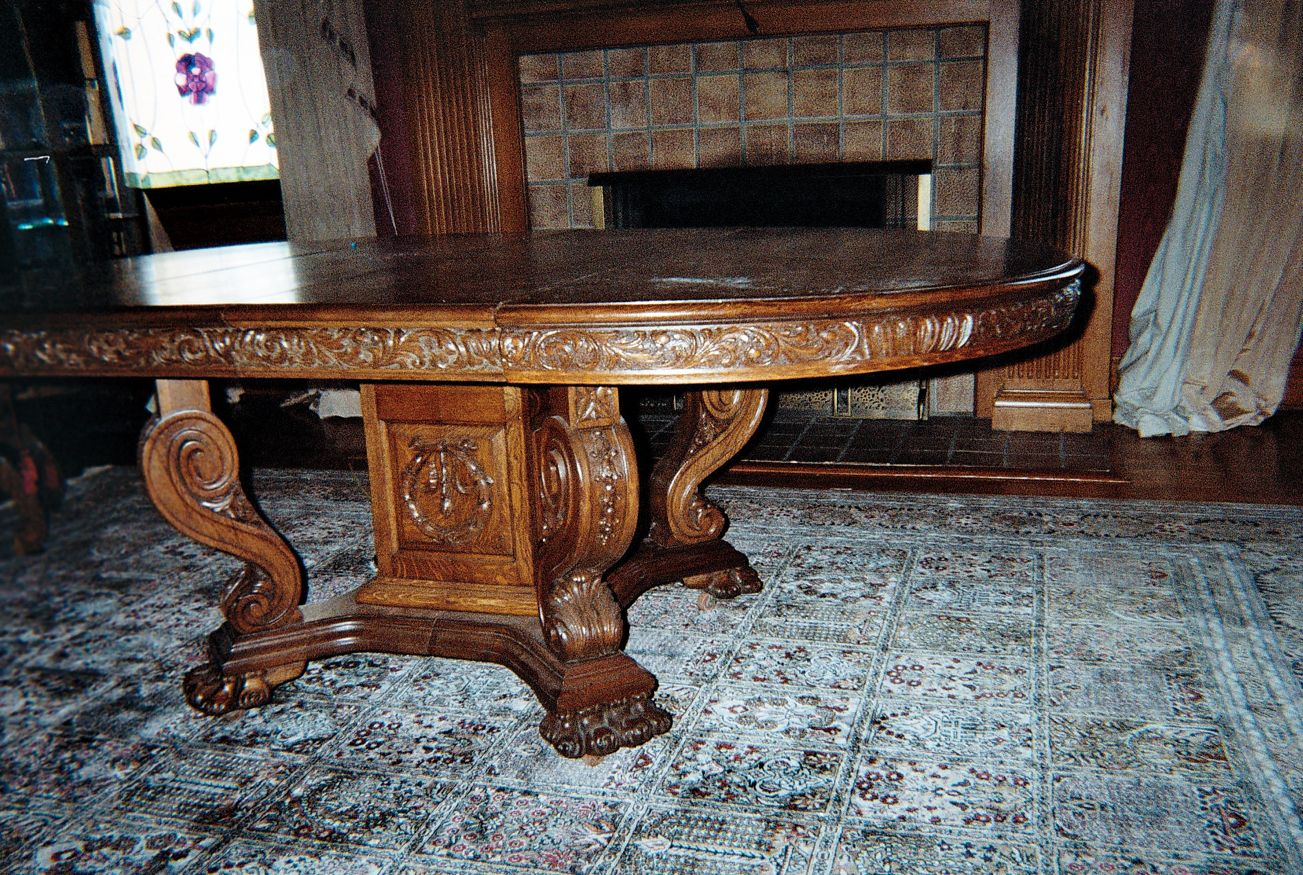 Incredible oak dining room set for sale for Antique dining room furniture