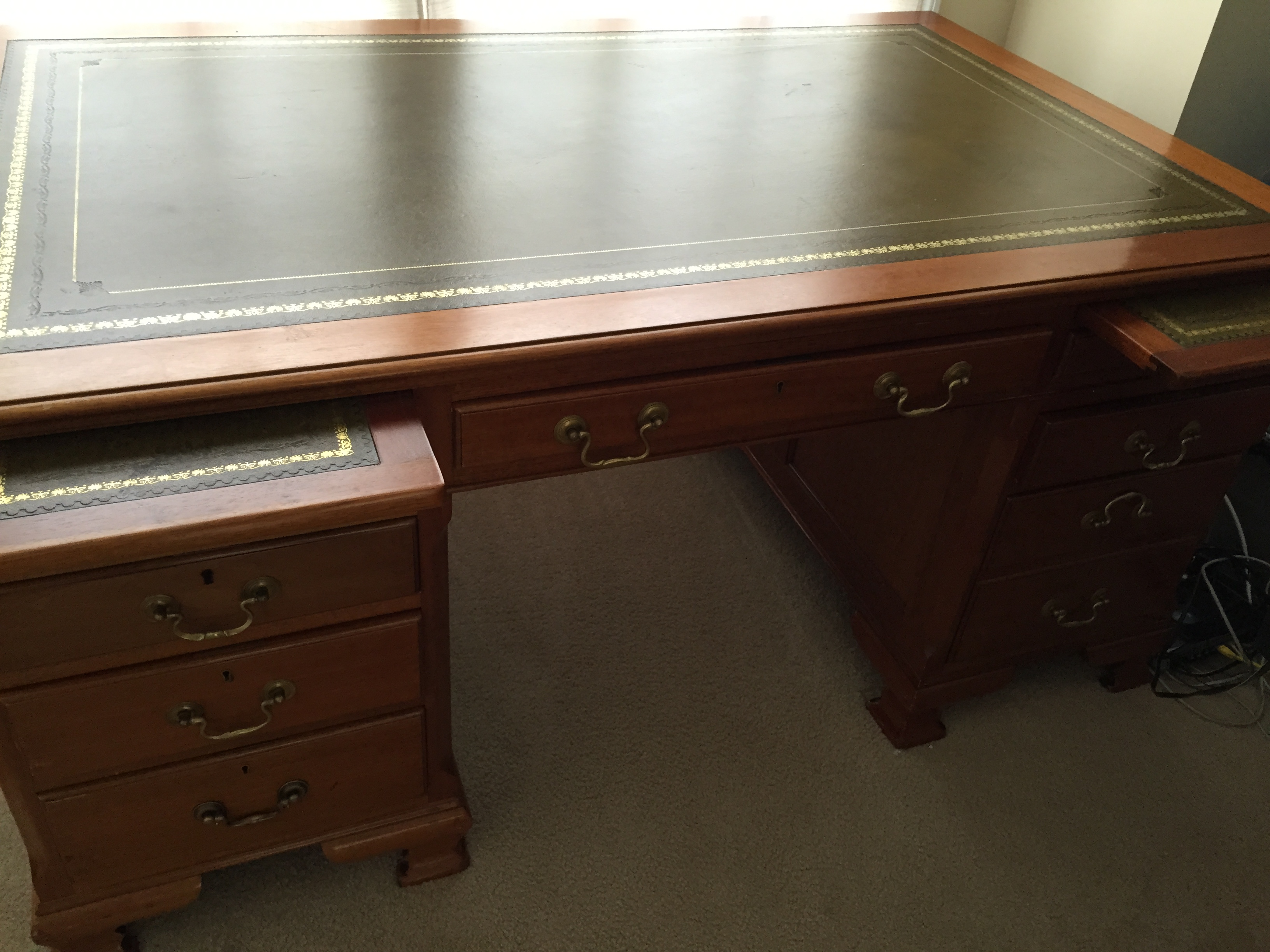 1930 S Vintage English Oak Partners 5 Foot Desk With Inlaid Green Leather Measures By 3 Wide And 2 6 High