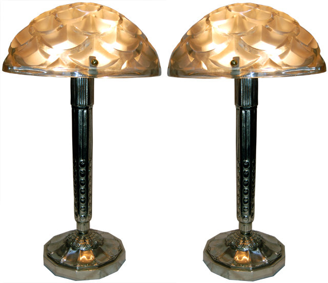 signed r lalique art deco lamps for sale classifieds. Black Bedroom Furniture Sets. Home Design Ideas