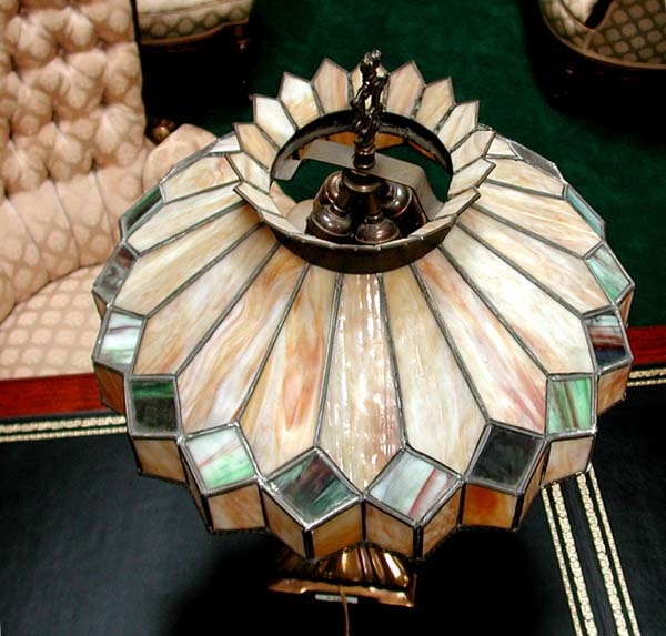 Fantastic Stained Glass Table Lamp For Sale