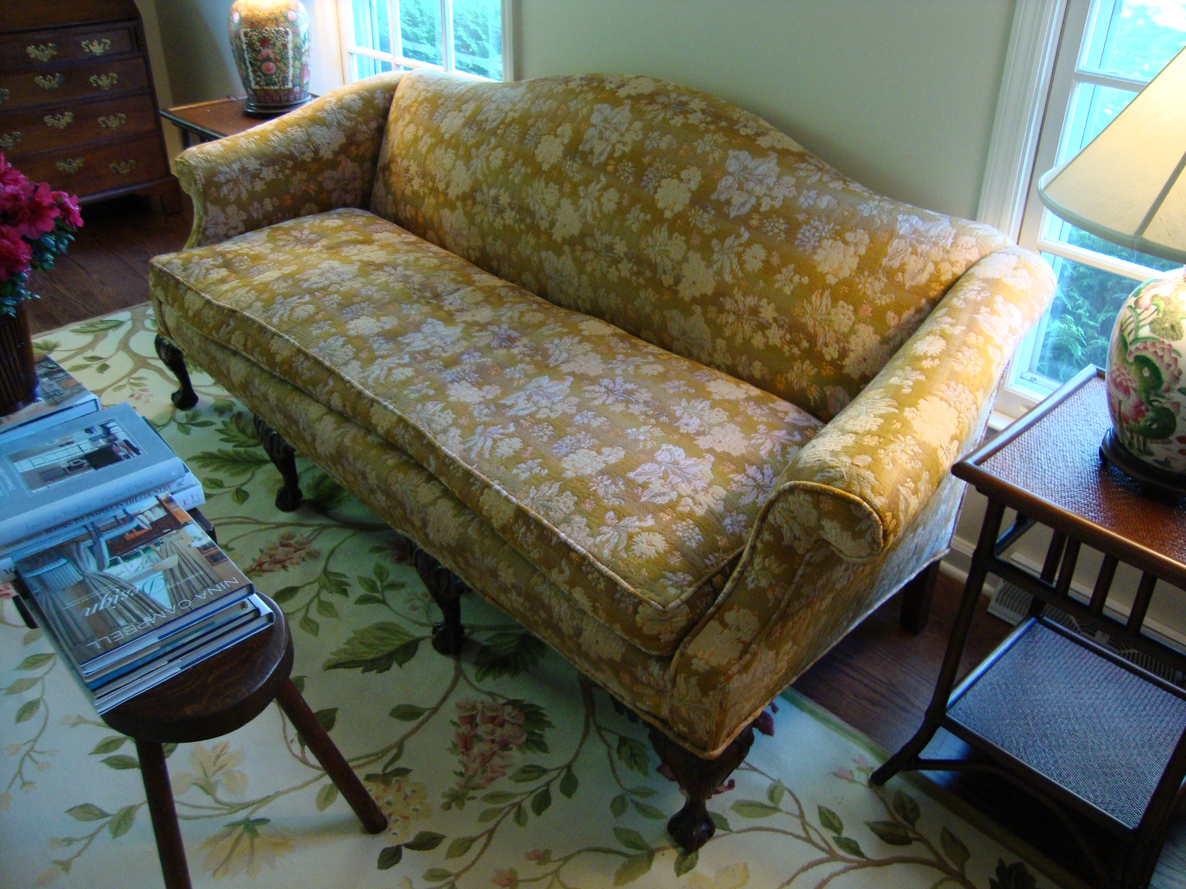 Chippendale Sofa For Sale Classifieds