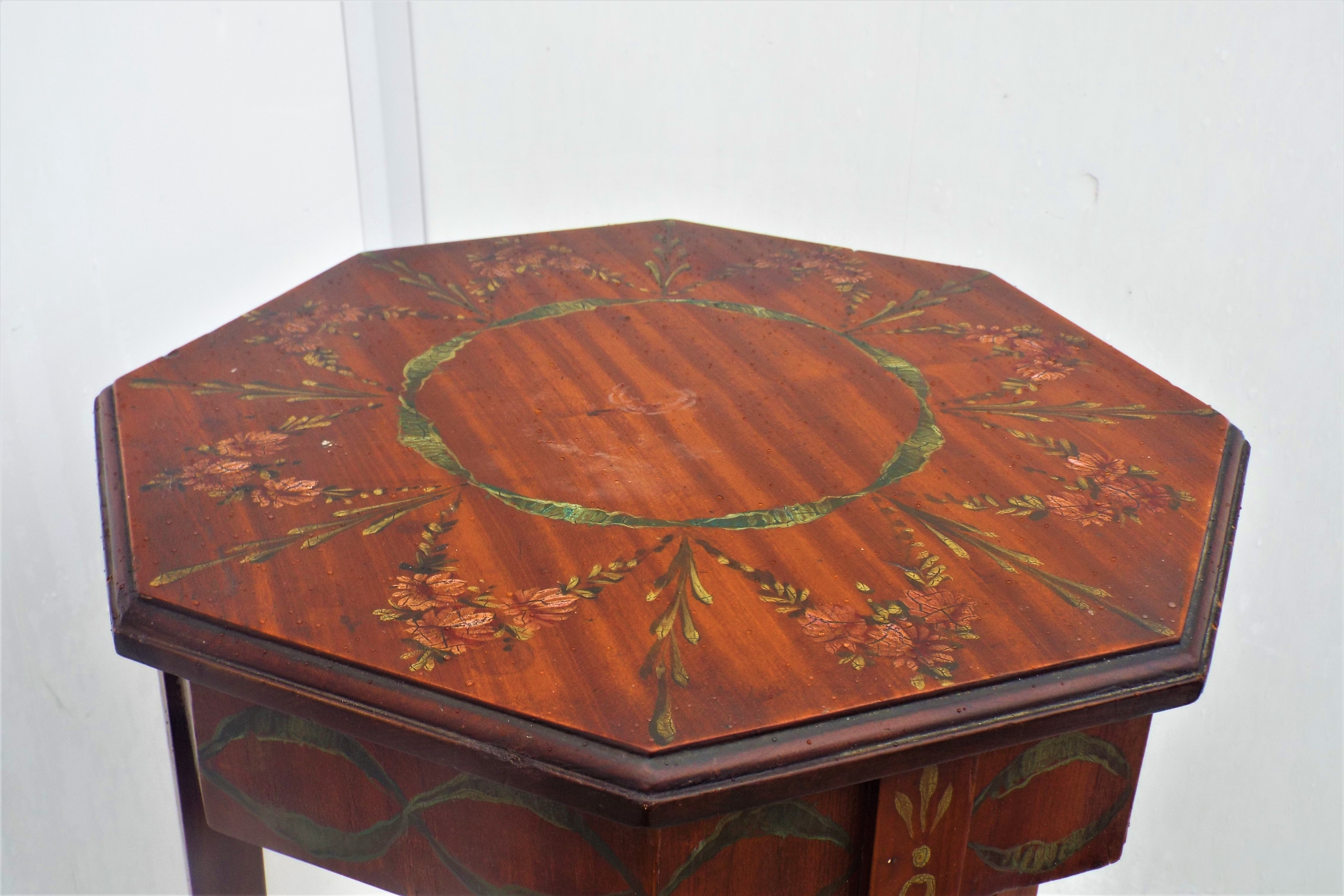 saitin wood hand painted table for sale classifieds. Black Bedroom Furniture Sets. Home Design Ideas