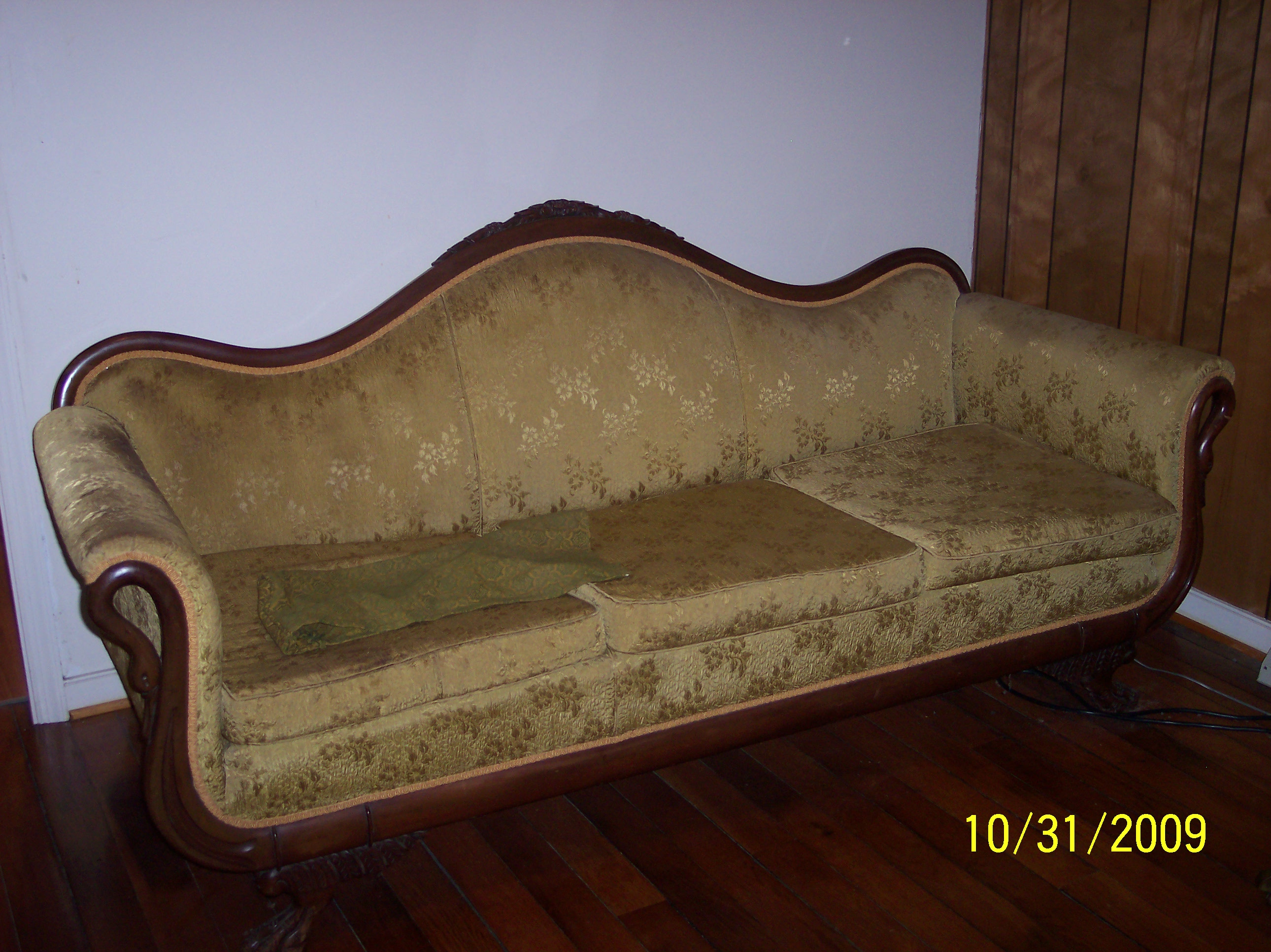 Seater queen anne high back wing sofa uk manufactured antique green - Queen Anne Victoria Sofa For Antiques Com Clifieds