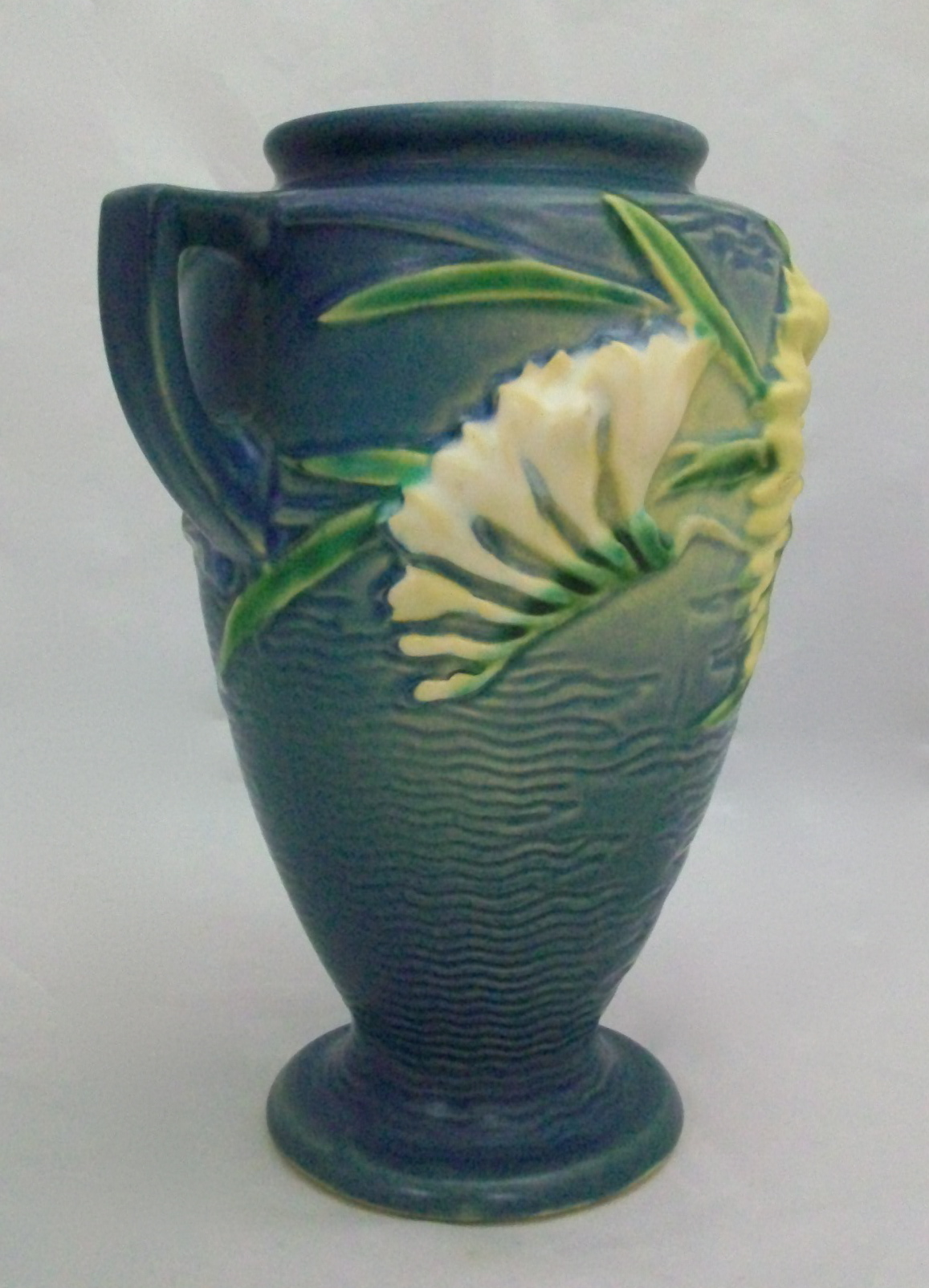Roseville Freesia Vase 121 8 For Sale Antiques Com