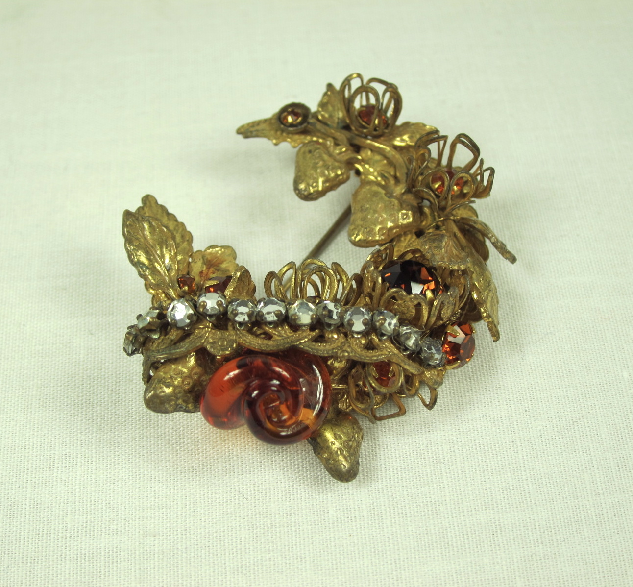 VINTAGE MIRIAM HASKELL CRESCENT WREATH AMBER BROOCH For Sale ...