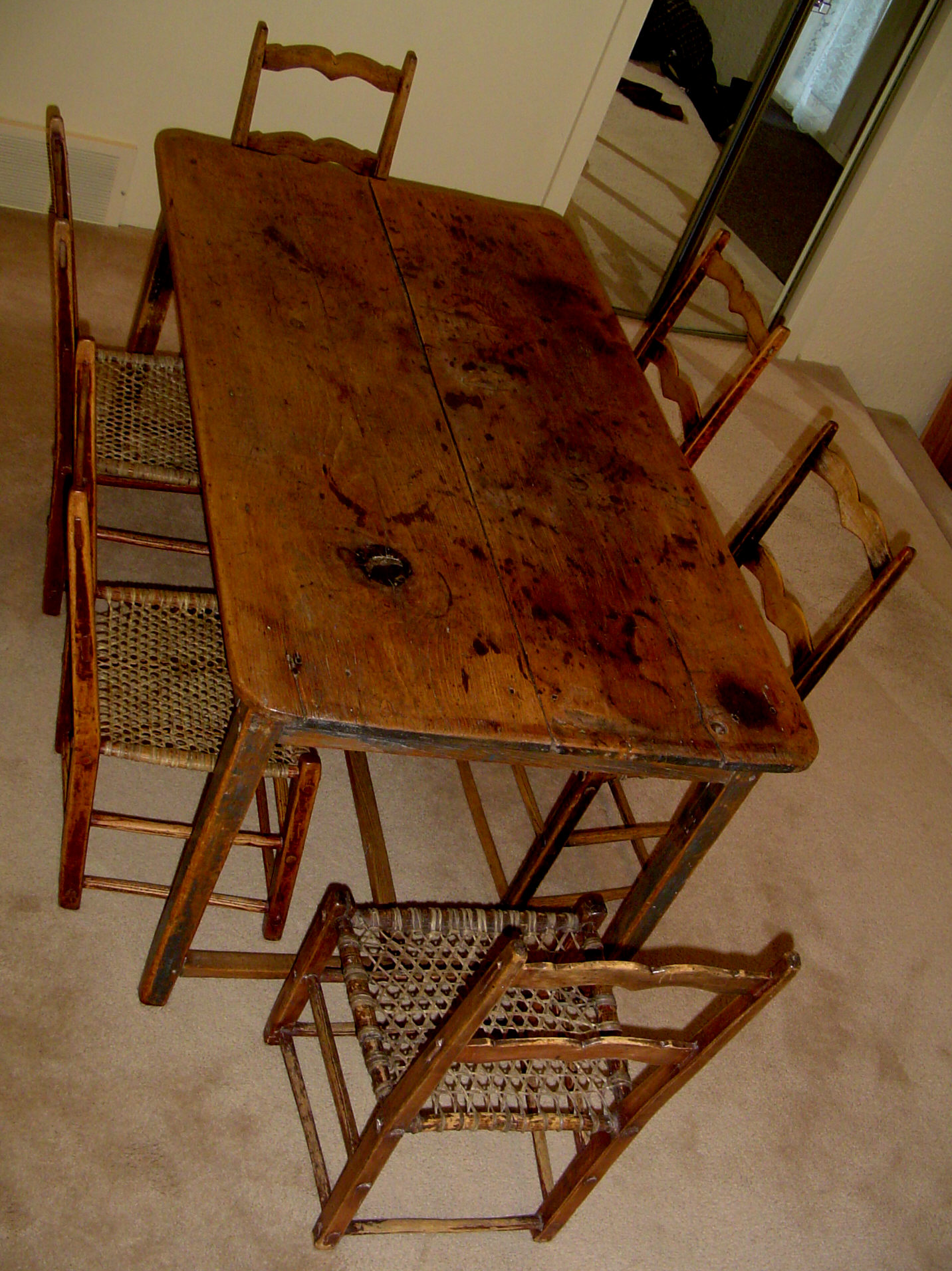 Primitive kitchen table canadian pine wood furniture Table vue de haut