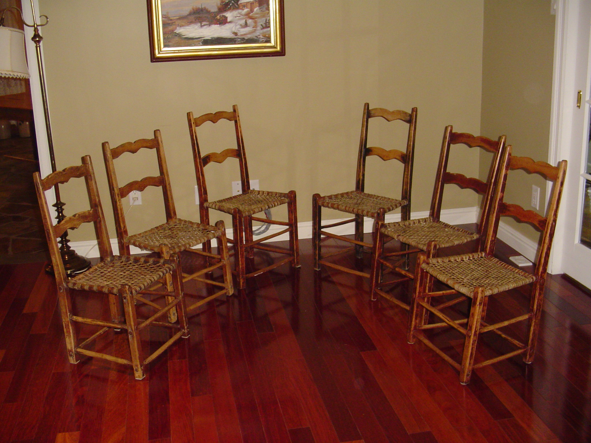 SET OF PRIMITIVE CHAIRS IN THE CAPUCINE MANNER   Canadian pine wood  furniture     For Sale. SET OF PRIMITIVE CHAIRS IN THE CAPUCINE MANNER   Canadian pine
