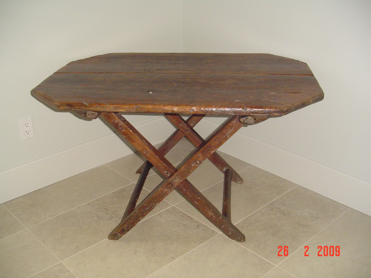 PRIMITIVE TRESTLE TABLE Canadian pine wood furniture