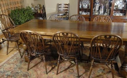 ENGLISH OAK REFECTORY TABLE 8 WINDSOR CHAIR DINING SET For Sale