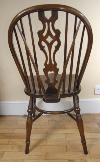 Set 8 English Farmhouse Windsor Dining Chairs For Sale Class