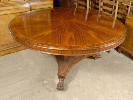 english victorian 5 foot round dining table in rosewood for sale classifieds. Black Bedroom Furniture Sets. Home Design Ideas