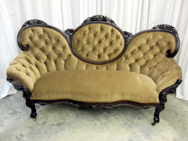Antique victorian style medallion button tuck sofa couch for sale classifieds Antique loveseat styles