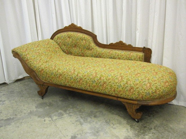 Antique oak vistorian sofa lounge chaise fainting couch for Chaise couches for sale