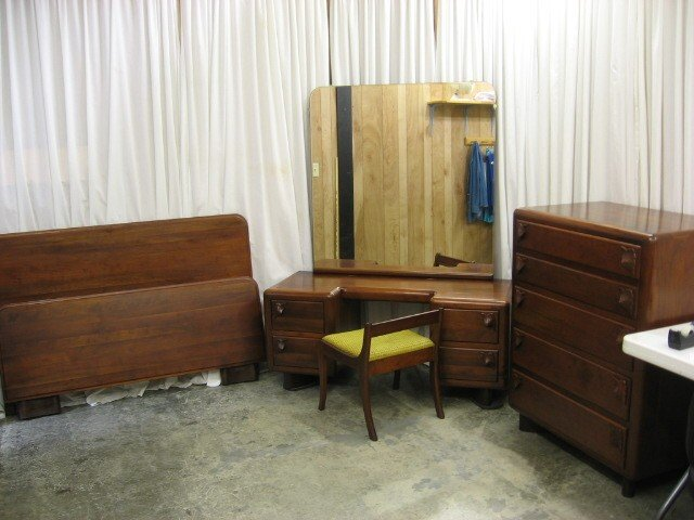 we have for sale a great looking bedroom set the