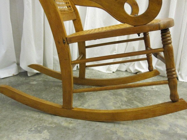 Description we have for sale an extra nice antique bentwood