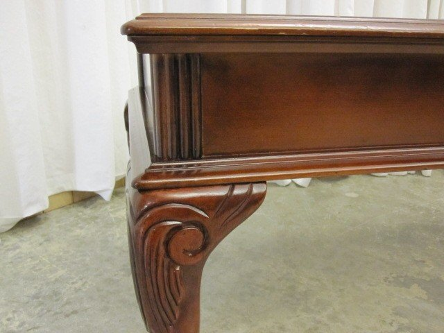 48 lg mahogany coffee table queen anne ball claw feet for sale classifieds. Black Bedroom Furniture Sets. Home Design Ideas