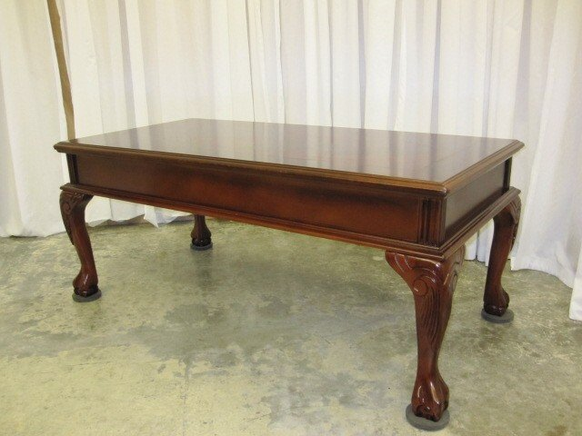 48 Lg Mahogany Coffee Table Queen Anne Ball Claw Feet   For Sale