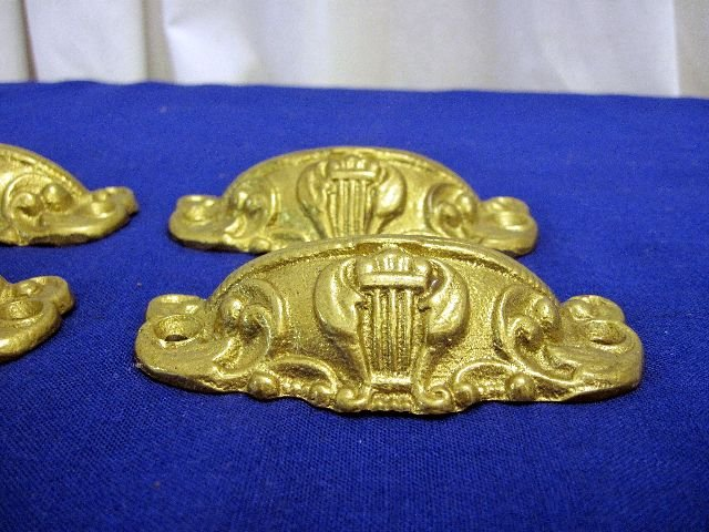 4 antique brass greek or roman style drawer pulls for sale classifieds. Black Bedroom Furniture Sets. Home Design Ideas