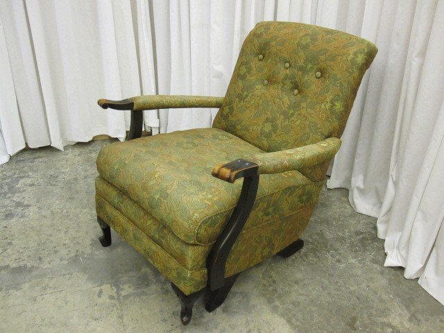 Antique Platform Reclining Arm Chair From The 1940's - For Sale - Antique Platform Reclining Arm Chair From The 1940's For Sale