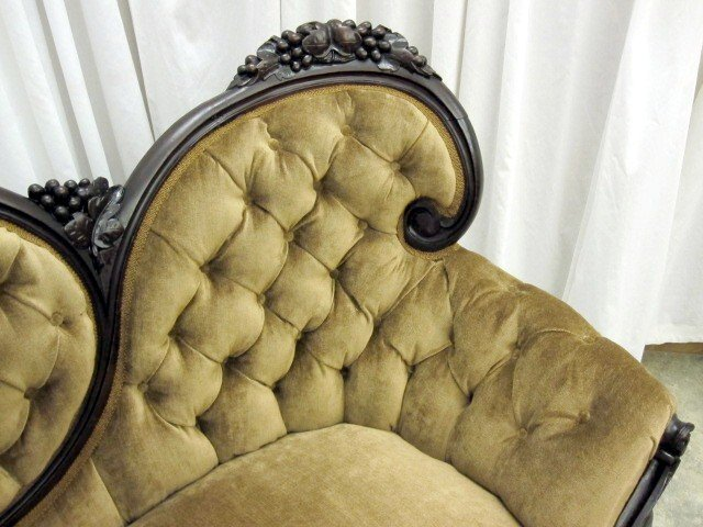 We Have For Sale An Extra Nice Antique Victorian Rococo Style Sofa From The  1800u0027s. It Has The Medallion Button Tuck Back And Sides.