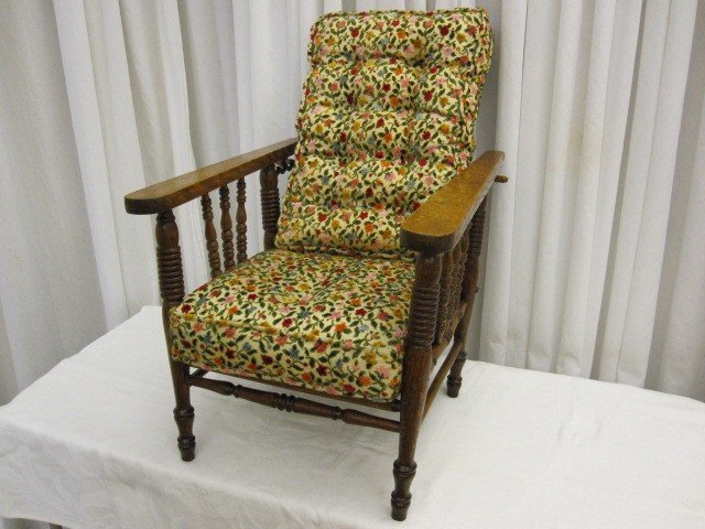 Antique Oak Child's Morris Recliner Chair w Cushions - For Sale - Antique Oak Child's Morris Recliner Chair W Cushions For Sale
