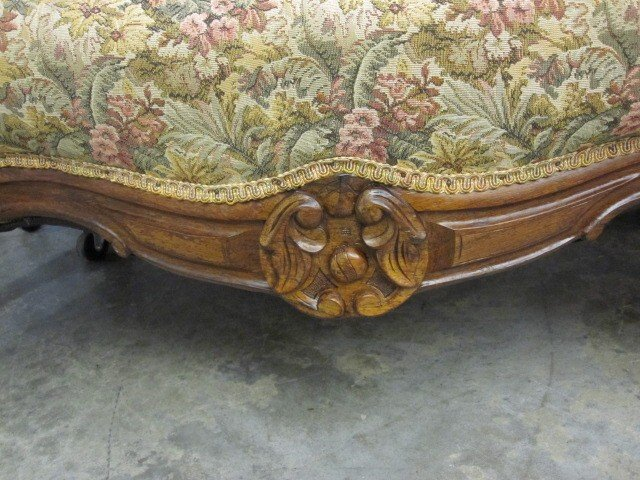 Antique walnut victorian style button tuft sofa chaise for for Antique chaise for sale