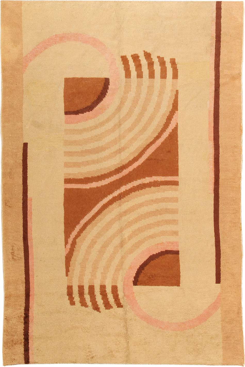 Using The Mirror Image Of An Asymmetric Spiraling Design To Produce A  Symmetric Carpet, This Well Balanced Art Deco Rug Features Strong Vertical  Lines Along ...
