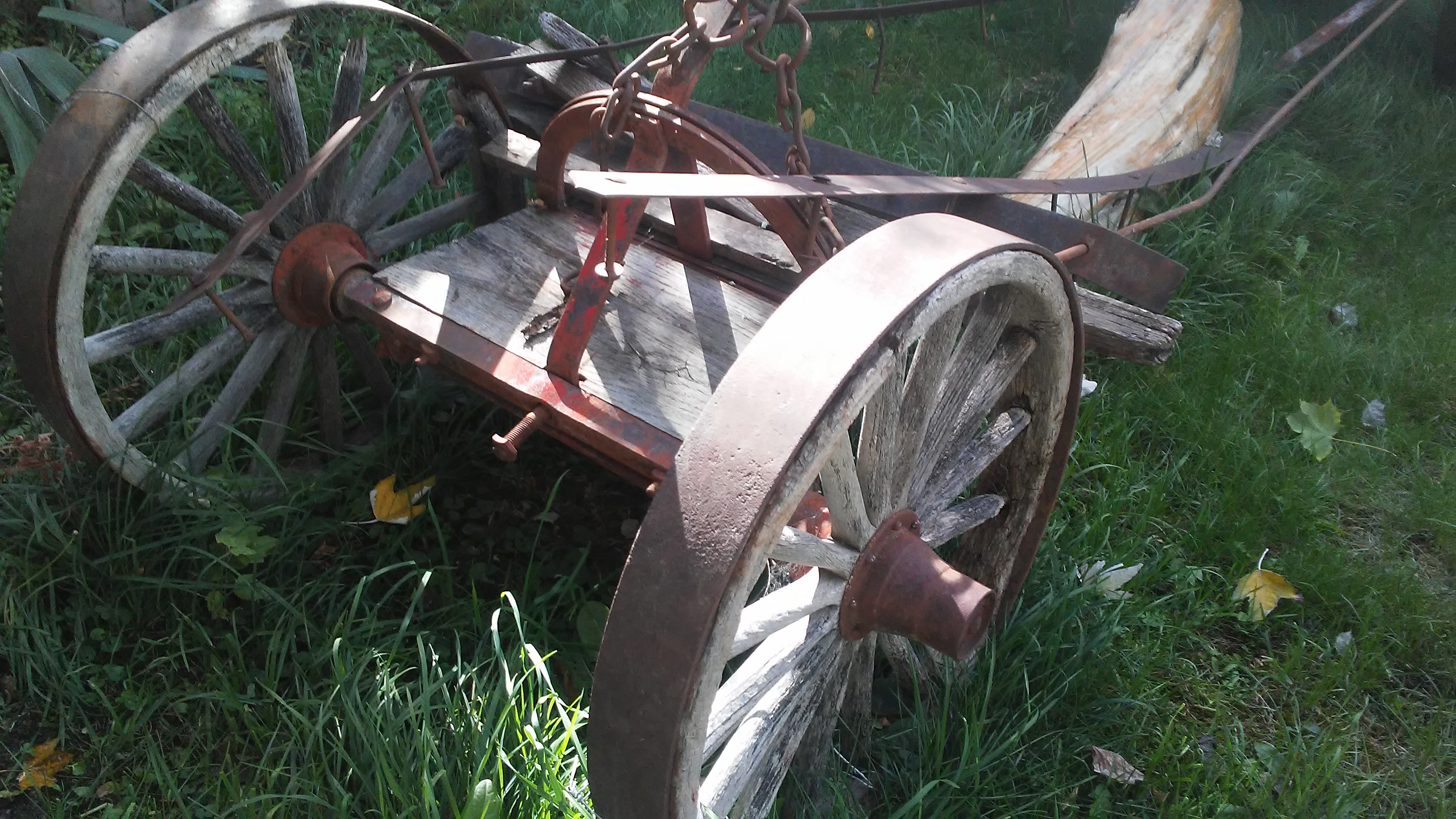 Antique Wagon Chassis With Wooden Wheels For Sale Antiques