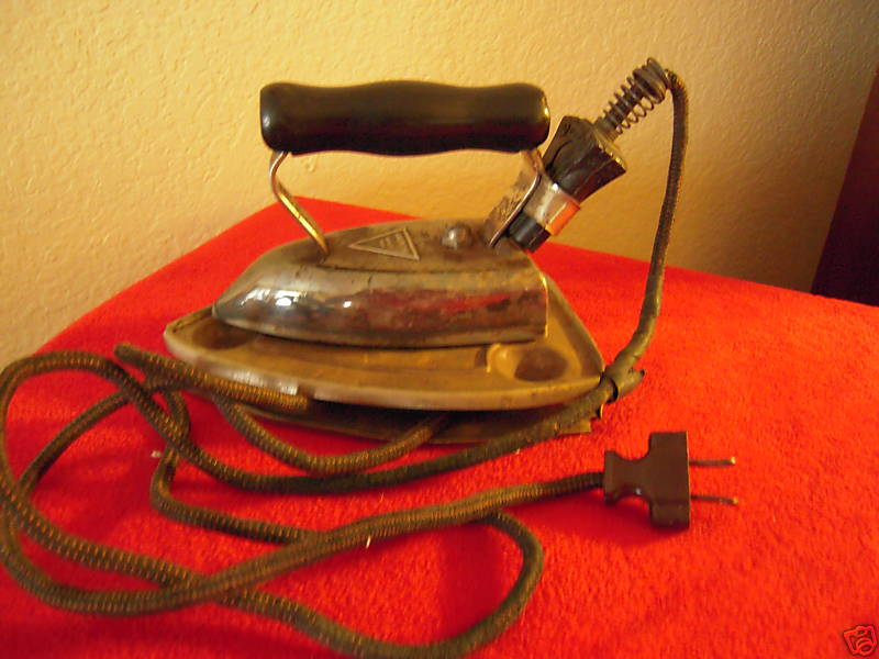 Old Electric Iron ~ Vintage american beauty electric clothes iron b for sale