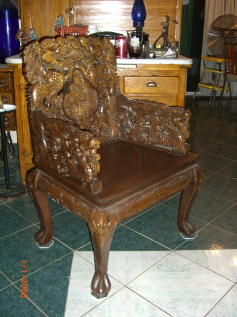 Carved antique oriental dining table 8 chairs w dragons w for Oriental dining table