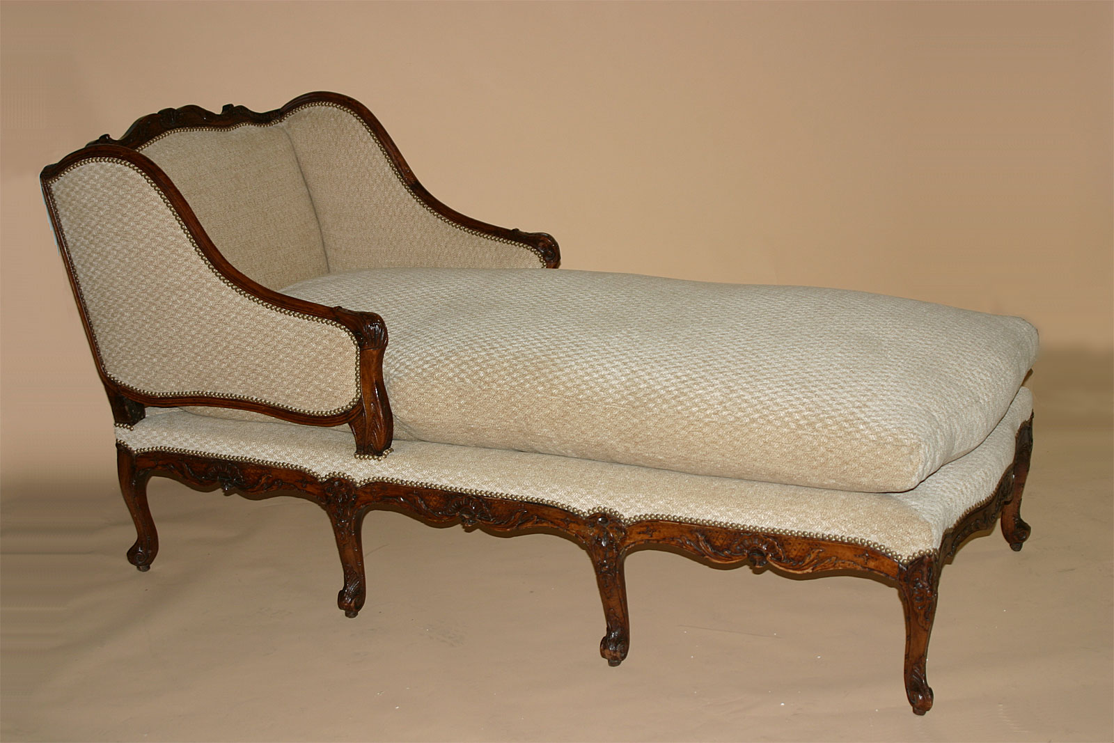 French louis xv period chaise longue for sale antiques for Chaise longue de couleur