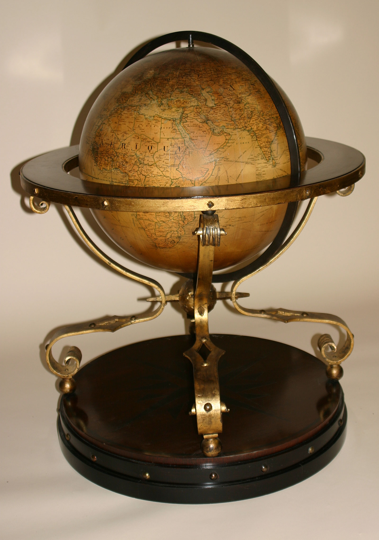 French globe of large dimensions on ebonized and gilded ...