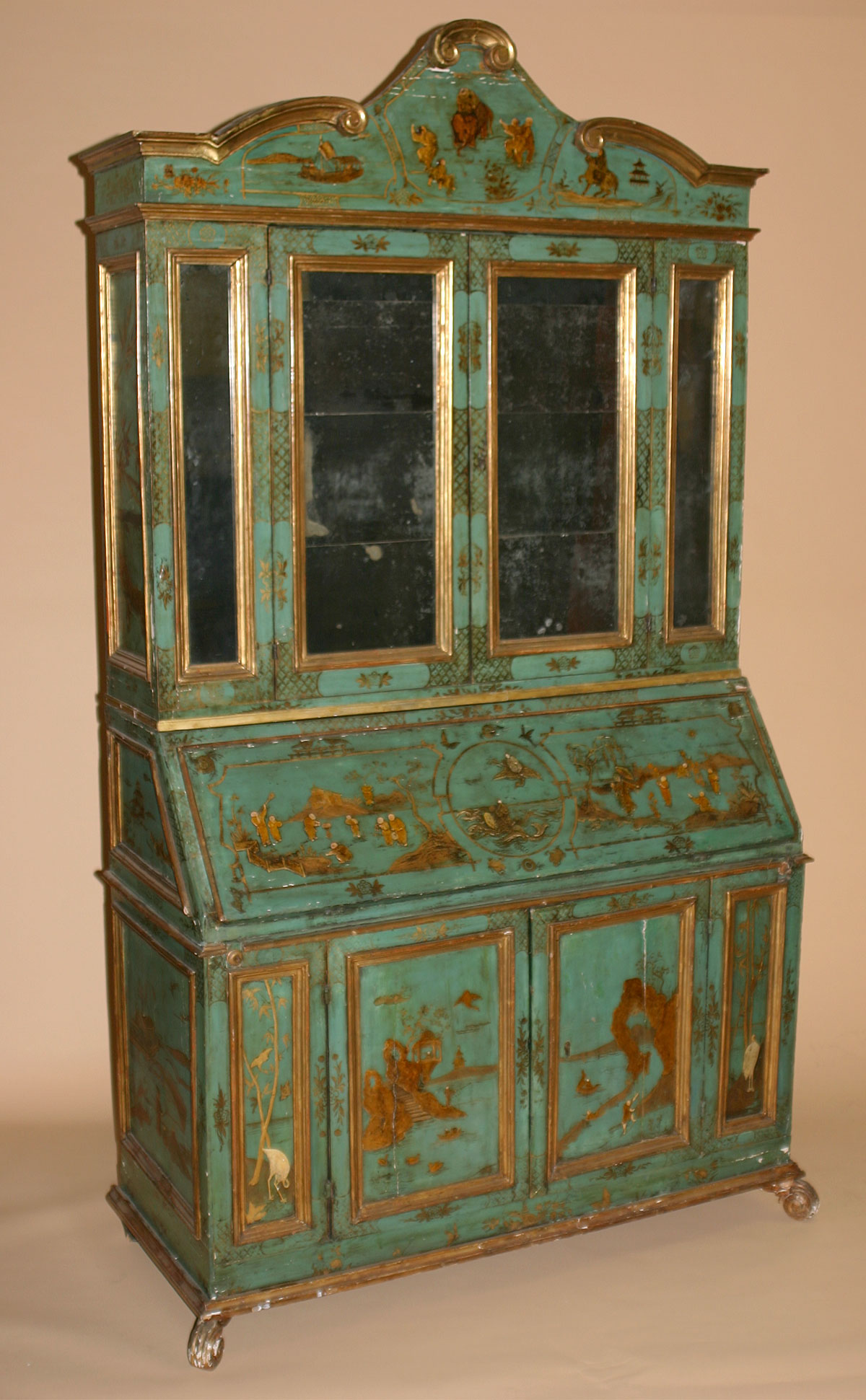 Italian painted lacca contrafatta and parcel gilt for Italian painted furniture