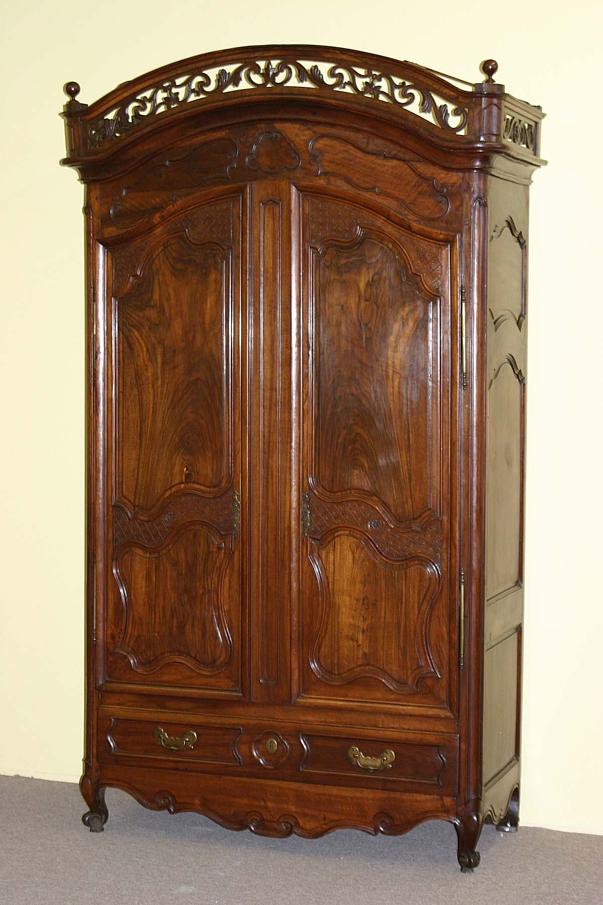 antique armoire for sale 28 images antiques com. Black Bedroom Furniture Sets. Home Design Ideas