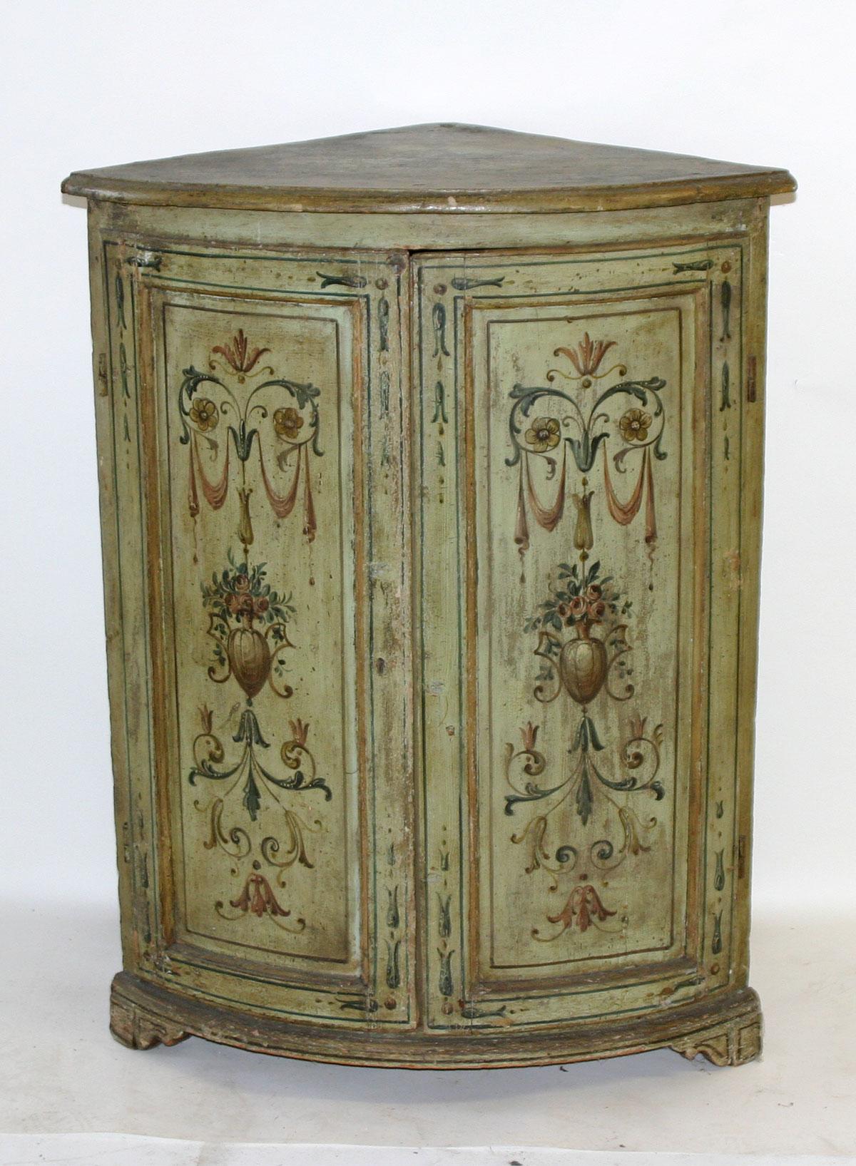 Pair of Italian, Neoclassical, painted corner cabinets - For Sale - Pair Of Italian, Neoclassical, Painted Corner Cabinets For Sale