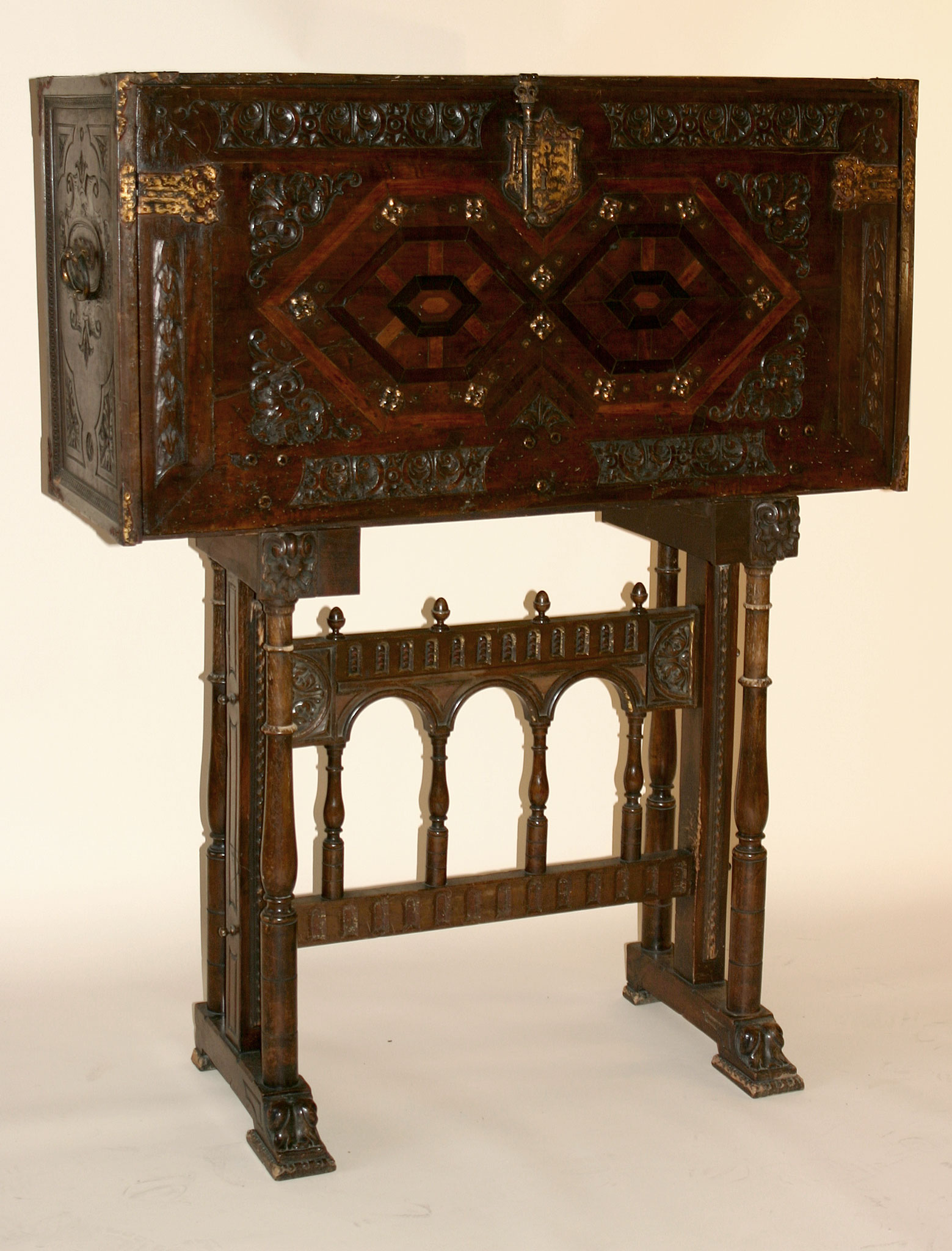 Spanish, iron-mounted, polychrome, parcel-gilt and bone-inlaid Vargue o  (travelling trunk on stand) - For Sale - Spanish, Iron-mounted, Polychrome, Parcel-gilt And Bone-inlaid