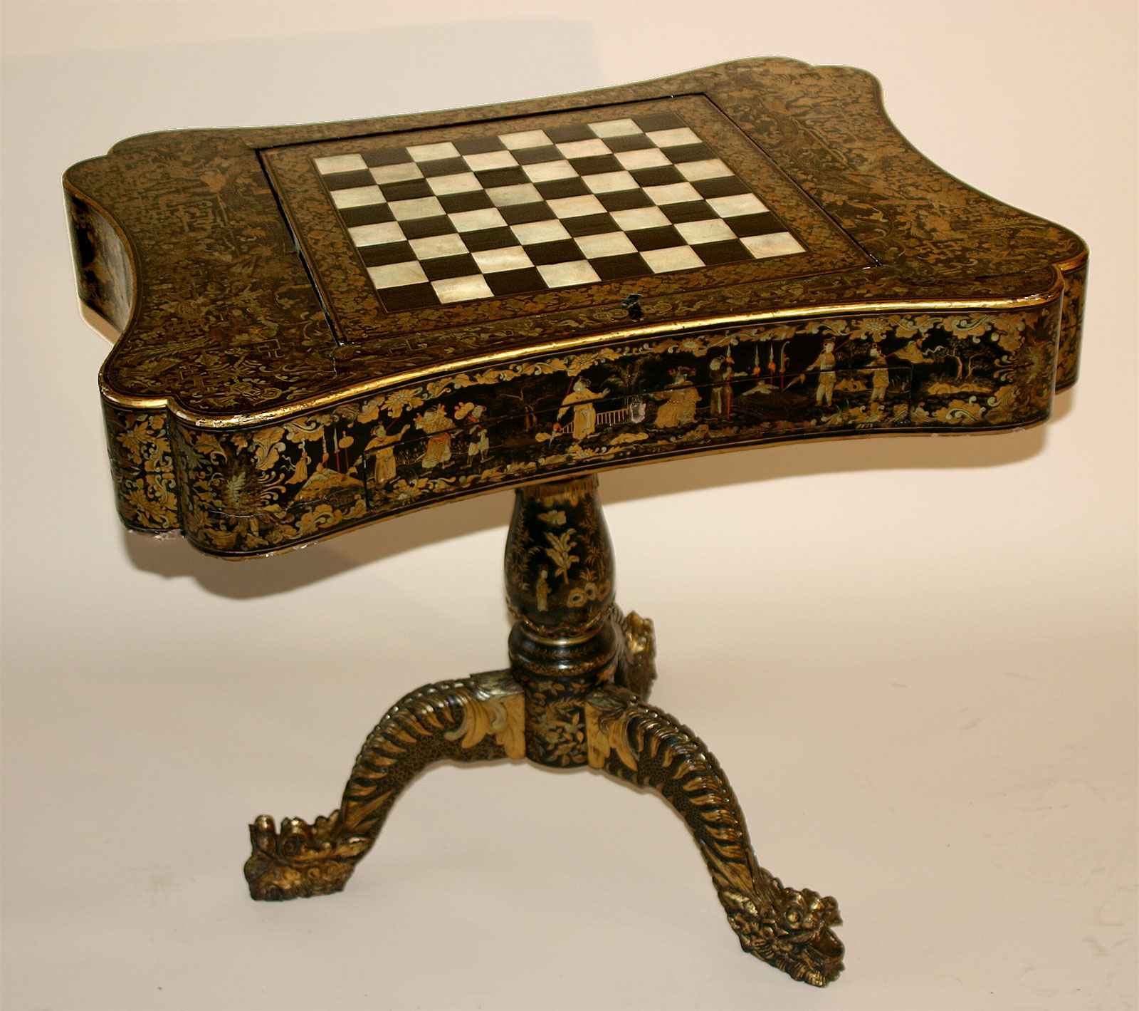 Very fine chinese export black lacquer and parcil gilt for Antique chinese tables for sale