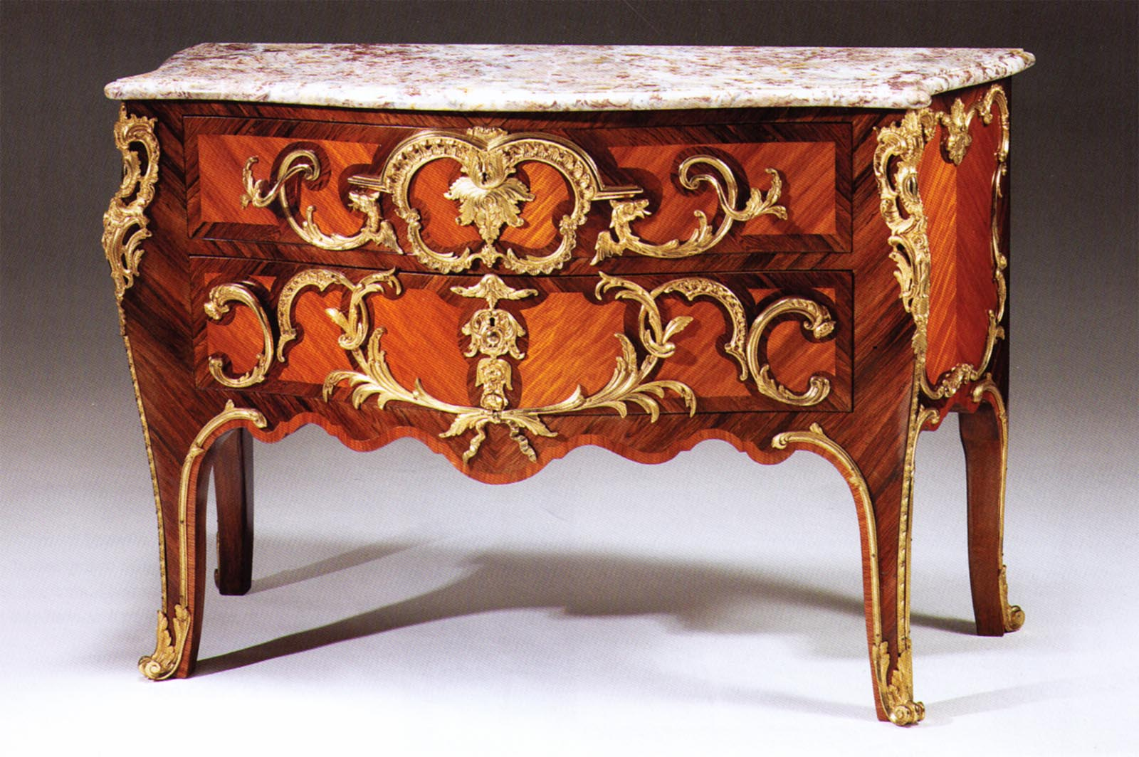 very fine louis xv style kingwood amaranth and gilt bronze mounted commode for sale antiques. Black Bedroom Furniture Sets. Home Design Ideas